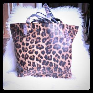 Chico's Leopard Print Tote Bag 🐆🌟